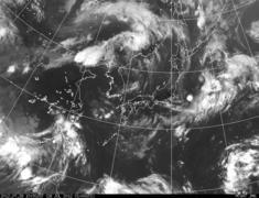 千葉沖の太平洋上にまんまるの雲が午前7時ごろ発生
