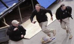 ボストンテロ:バックパックの男たちは爆弾処理班?こいつらが真犯人?