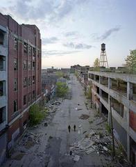 破綻したデトロイト市。廃墟化が進行中。