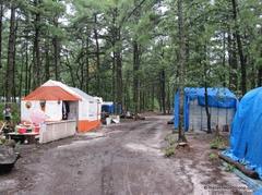 ニュージャージでもサクラメントでも白人困窮者のテント村が増殖しているようです。