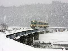 13.12.15(日)のRK秋田講演会ですが、「白雪の舞う中で」のはずが「暴雪吹き荒れる中で」と..