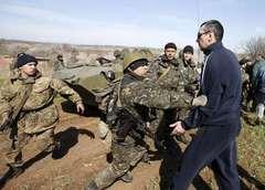 外相 ウクライナ追加支援も